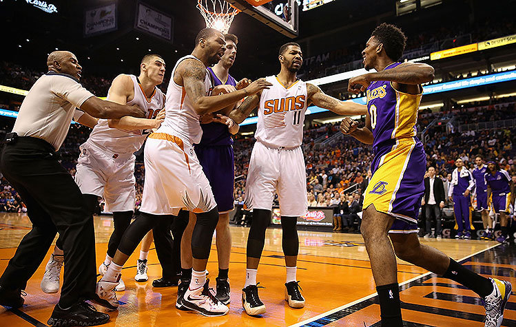 Alex-Len-Nick-Young-fight