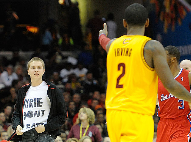 Kyrie-Dong-Leave-Cavs-Fan-On-Court